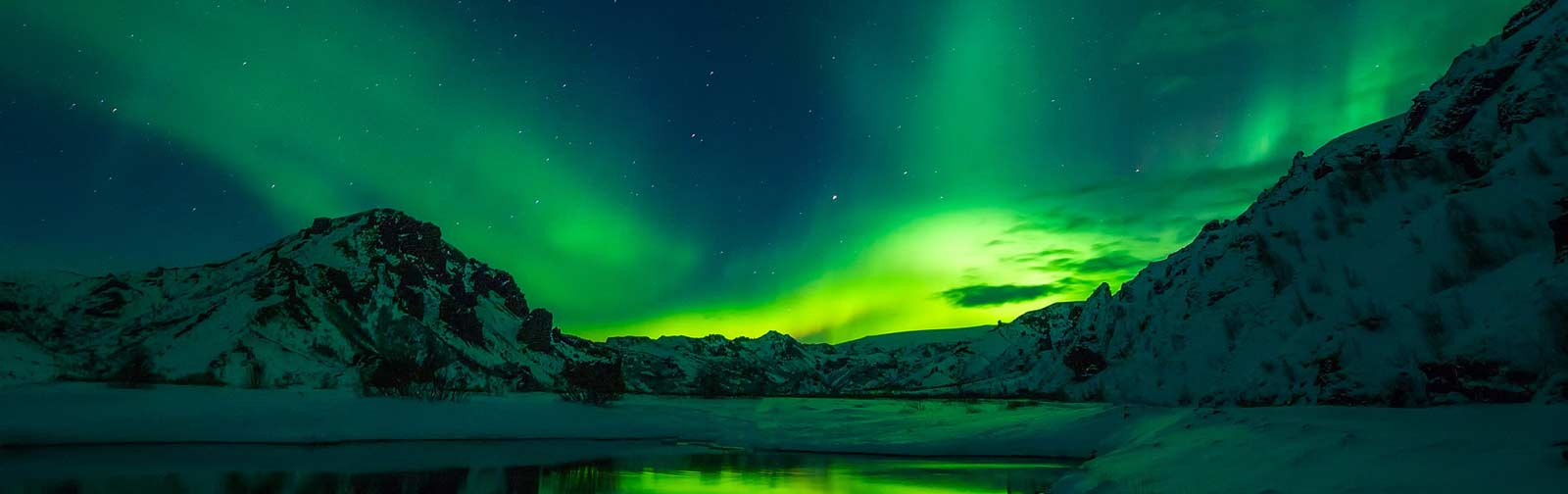 The Northern Lights is one of the major things to do in Iceland