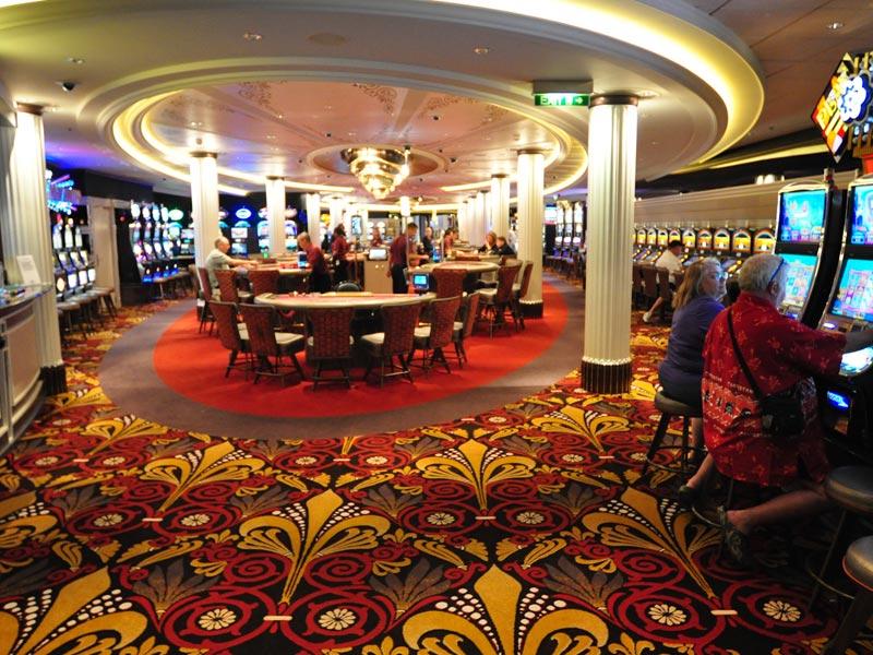 Silhouette's Casino