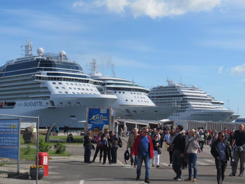 Major cruise ships docked near old town