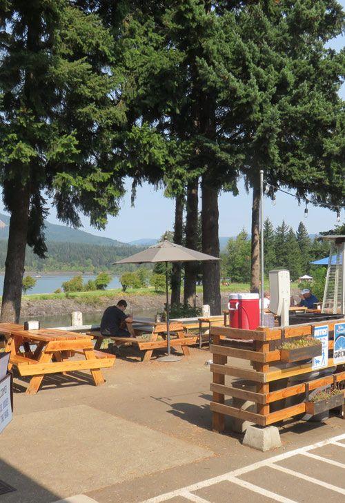 Thunder Mountain's gorgeous outdoor patio