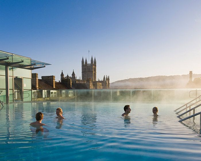 Thermae Bath Spa's rooftop pool (Photo courtesy of Thermae Bath Spa)