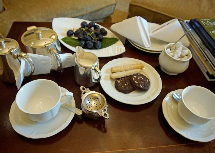 Morning tea service delivered to your room