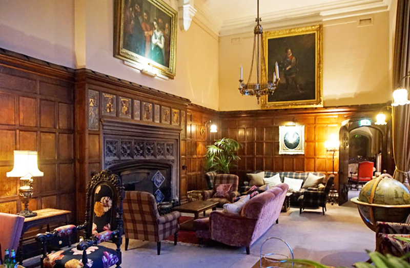 Thornbury castle drawing room