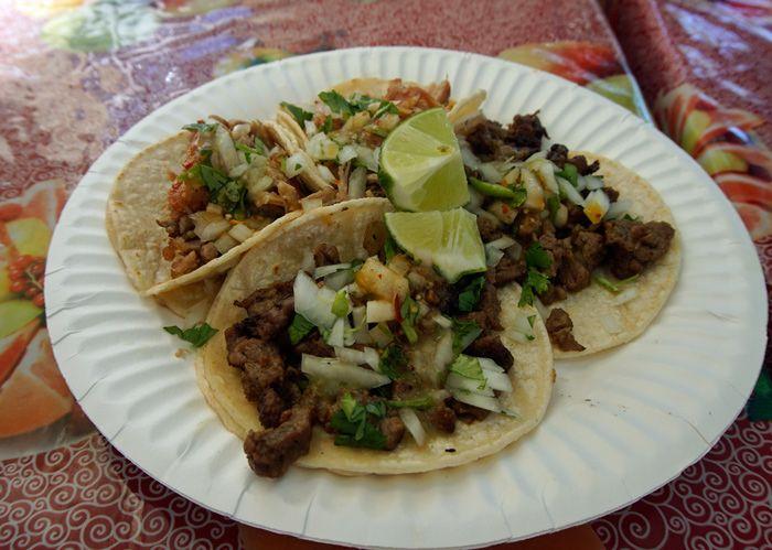 El Asador carnitas and carne asada tacos