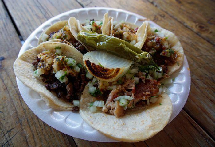 Tacos from Taqueria Fondita