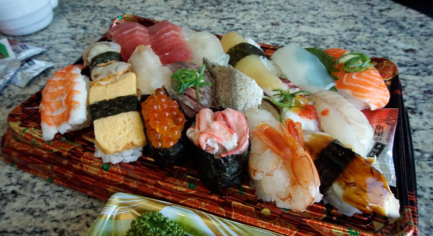 Guide to Eating Sushi in Japan: Etiquette & More