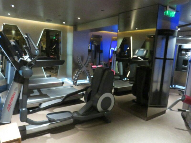 24-hr gym at NEW Hotel