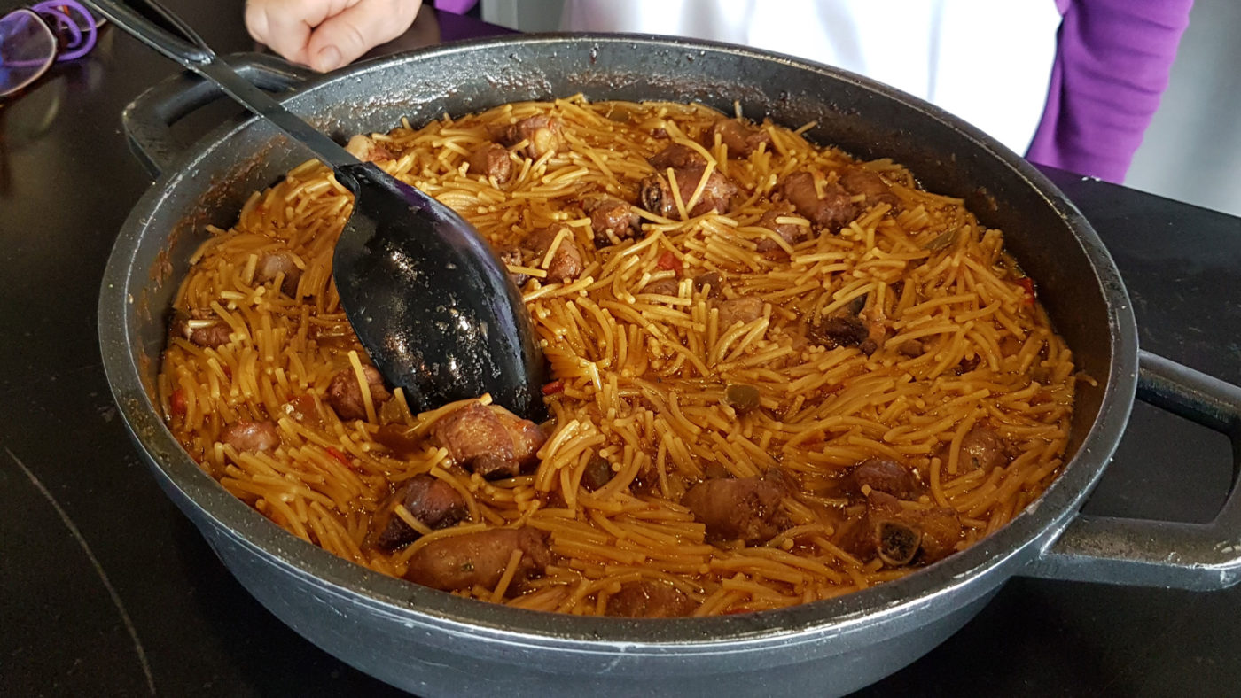 Fideus a la Cassola (pasta & pork casserole)
