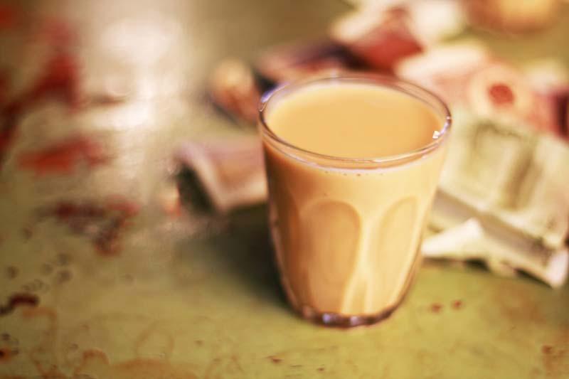The flavor of Tibetan sweet tea would recall your memory of milk tea