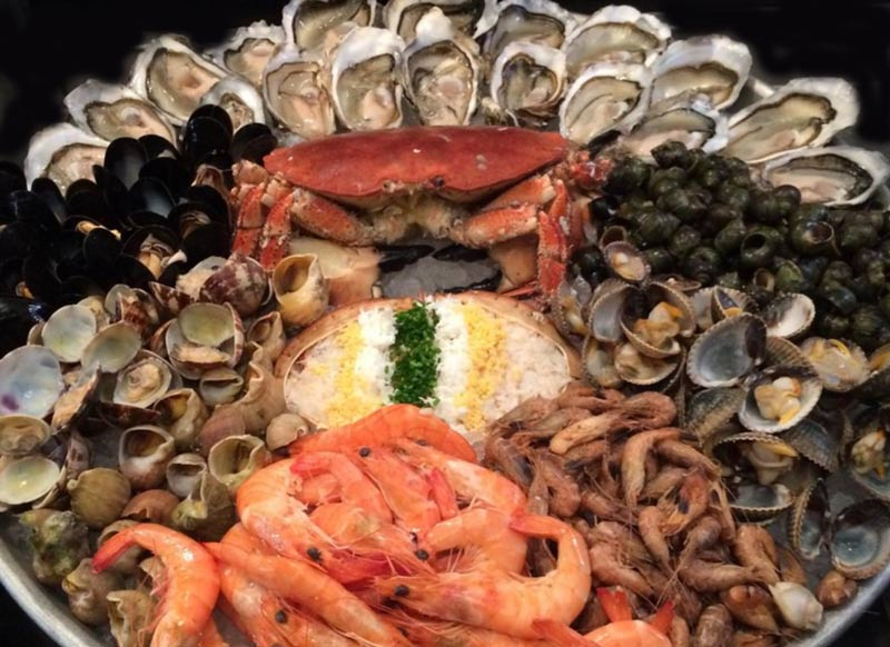 Wright Brothers seafood platter