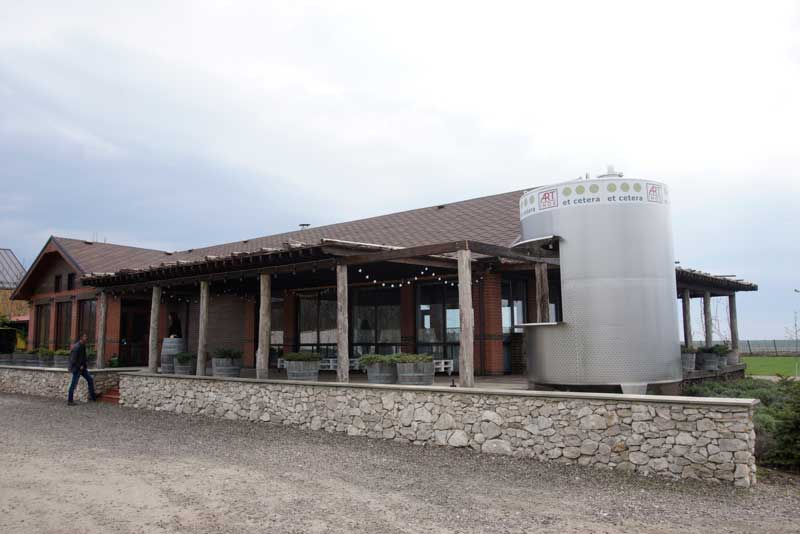 Et Cetera's family winery