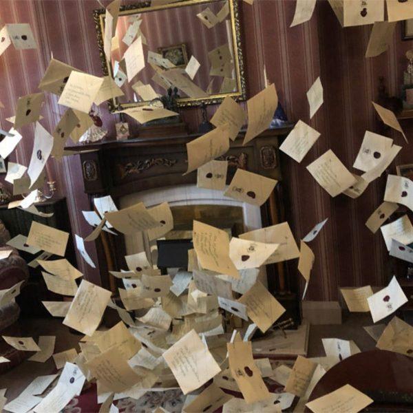 Harry Potter Hogwarts Letters Flying