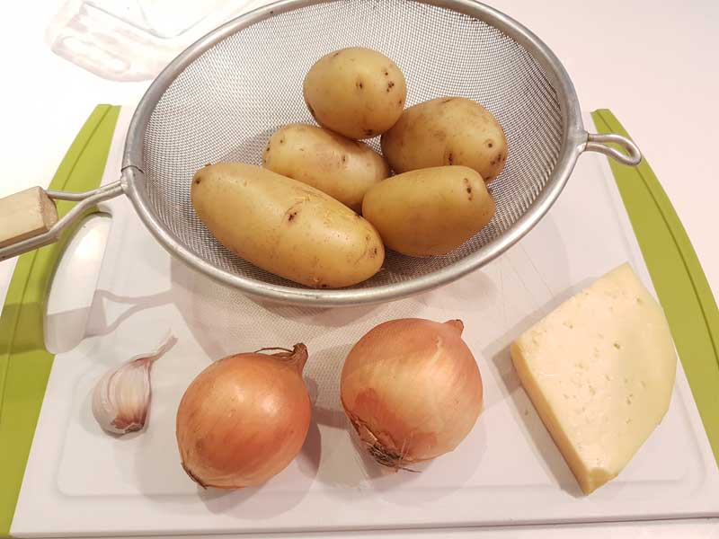 Ingredients for tartiflette