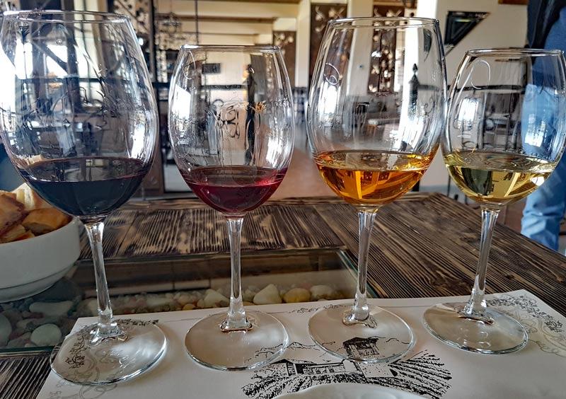 Mosmiere wines