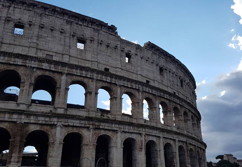 Coliseum in Rome - how to plan a trip to europe