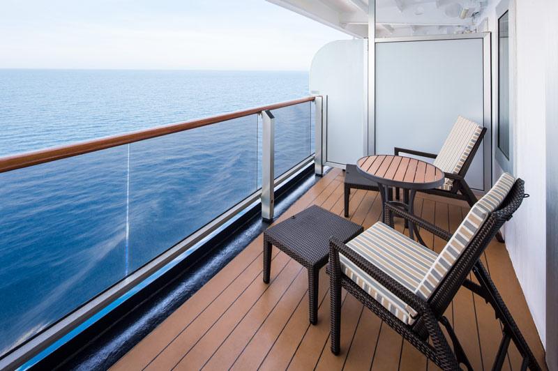 Verandah & Signature Suite balcony