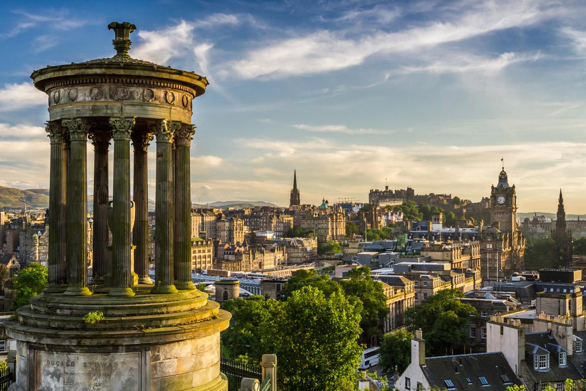10 Fun Things to Do in Edinburgh, Scotland